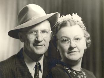 Ira & Dessie Finley